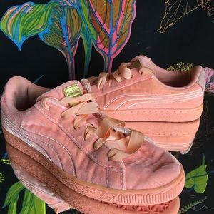 PUMA / Baby Pink Suede Shoe Ribbon Laces